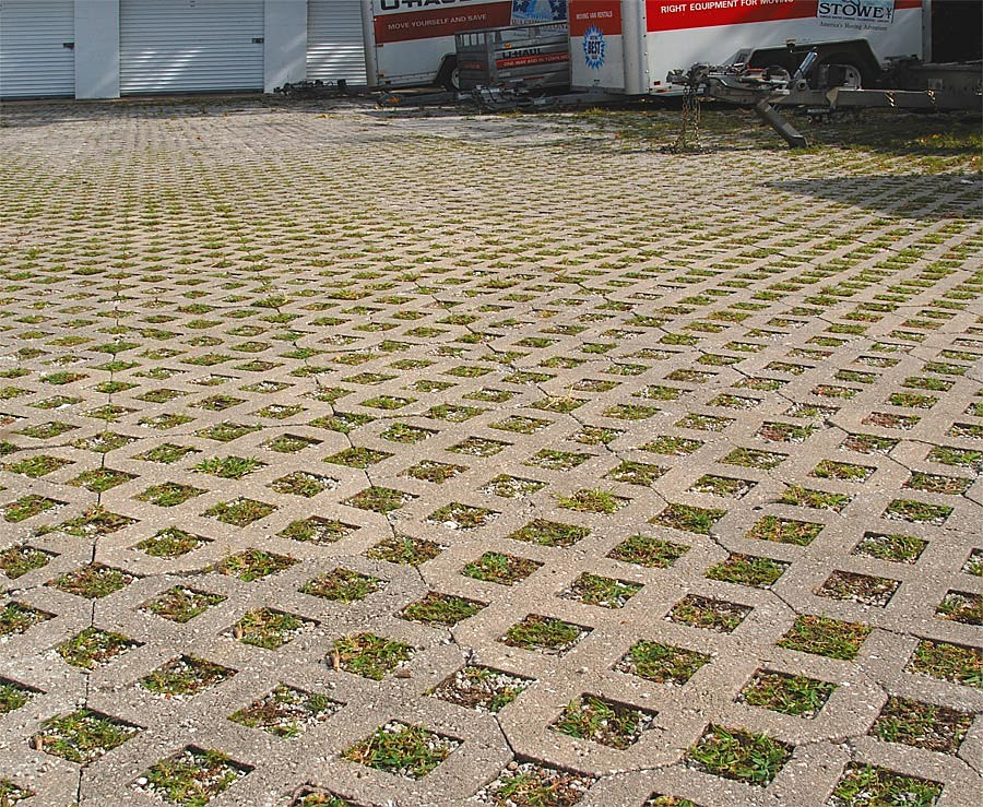 Green eco friendly pavers apopka orlando kissimmee for Green pavers